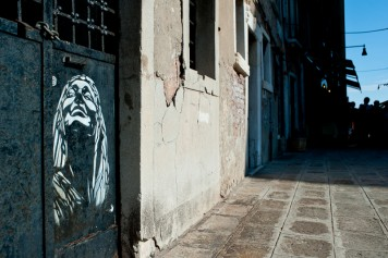 Thumbnail image for C215 à Venise
