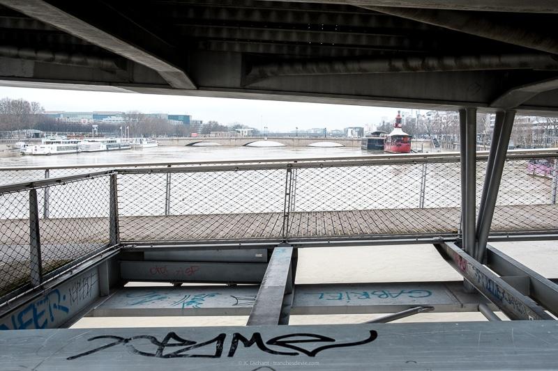05/52 - Crue de la Seine à Paris en Janvier 2018 depuis la passerelle Simone de Beauvoir
