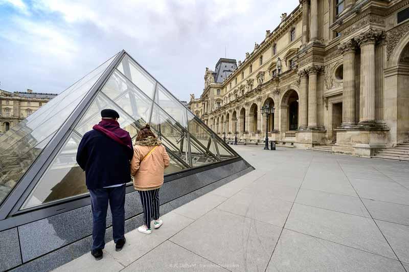 Projet 365 - 02/52 - Les gens du Louvre - Paris