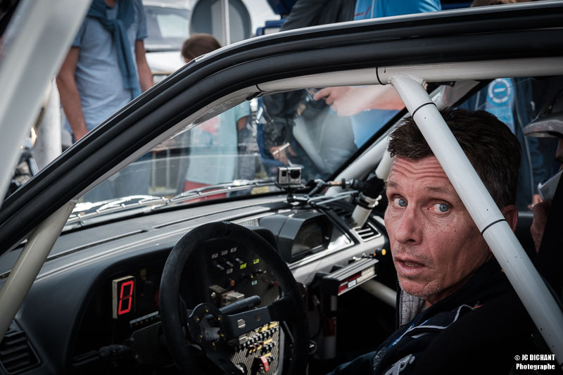 Portrait de Gilles Panizzi pendant les Grandes Heures Automobiles 2017 à Montlhéry