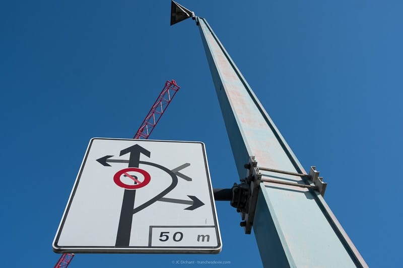 09/52 - Panneaux de signalisation et travaux sur le pont d'Ivry sur Seine
