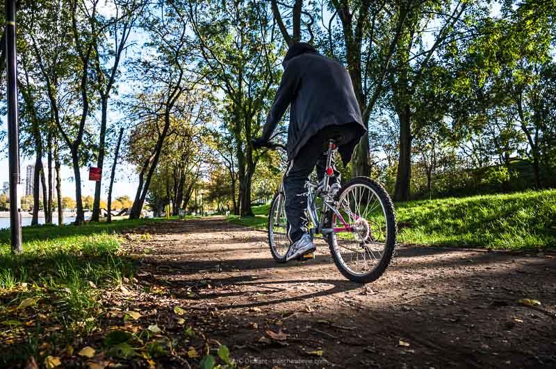Vélo cycliste bord de seine Vitry sur Seine